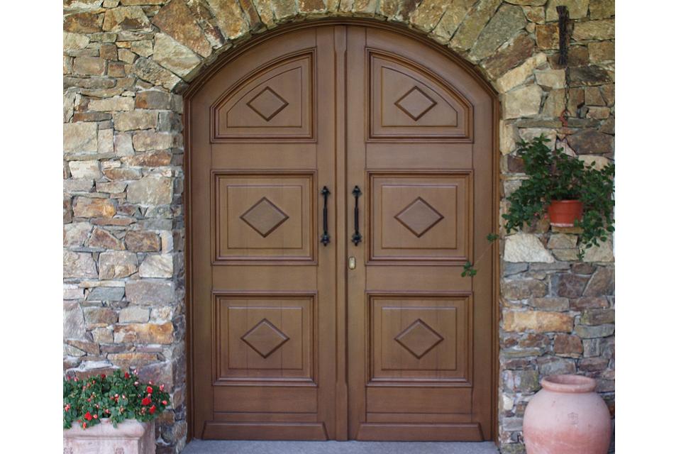 Falegnameria Orobica - Realizzazione arredamenti, serramenti, porte ...